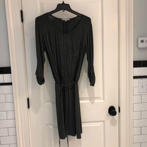 Gap long sleeve grey dress with waist cinch